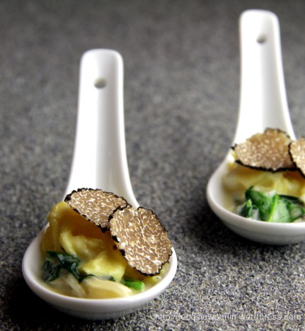 Spinach with Scrambled Eggs and Truffles