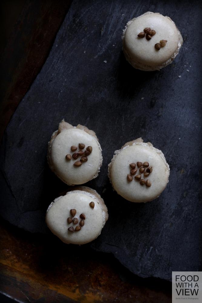 buckwheat-macarons-05