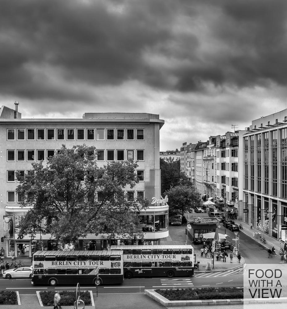 Tauentzienstrasse view Berlin  B&W 26.09.2014-1