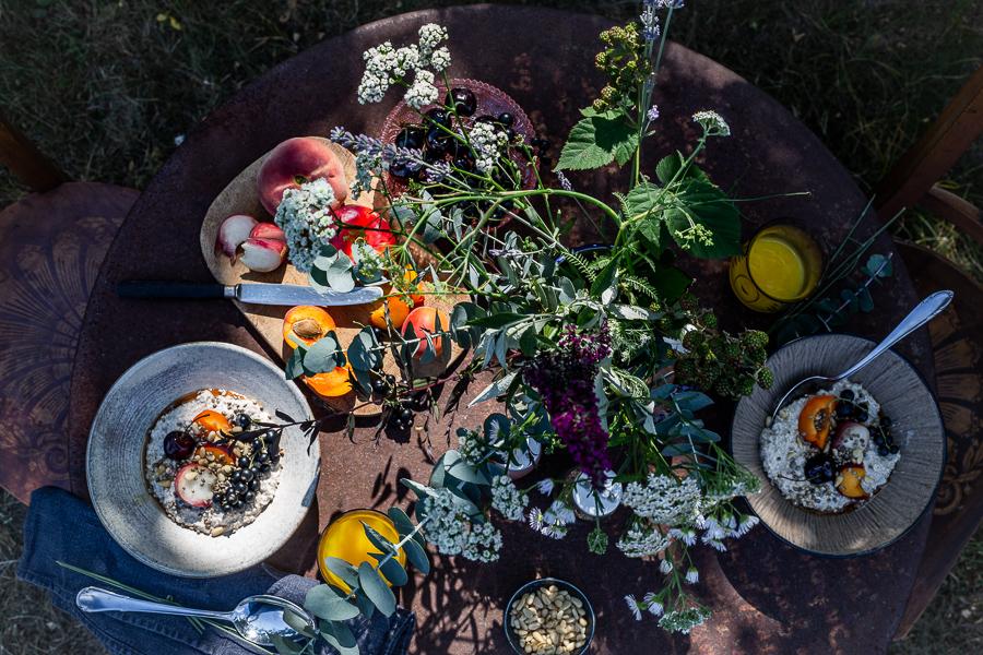 porridge, summer, breakfast, garden table, fruit
