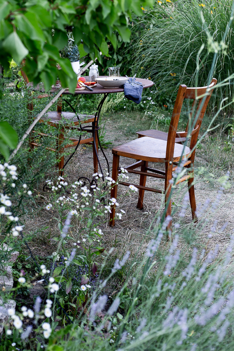 summer garden, breakfast, vintage